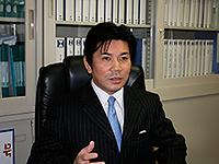 副社長 篠原俊正
